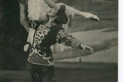 Во имя любви. Сэсэг - Л.Сахьянова, Зорикто - Ц. Бадмаев, 1956г.